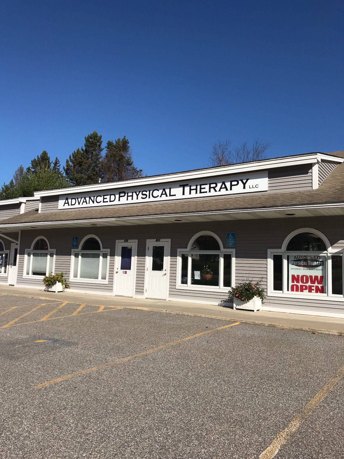 TORRINGTON LOCATION - Advanced Physical Therapy CT